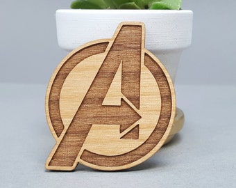 Avengers - Magnetic Wood Brooch - Laser Engraved - Lapel Pin