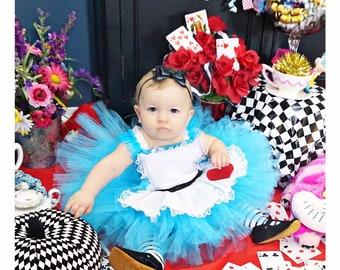 eb00507c624 Alice in wonderland dress