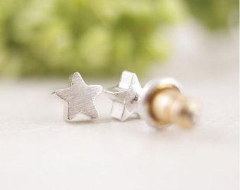5mm Tiny Celestal Stars Antiqued Goldtone Metalized Metallic Beads