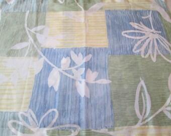 Wamsutta Standard Pillow Sham  Blue Yellow Green  Smooth Cotton Blend