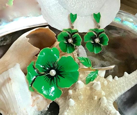 Vintage Green Enamel Pansy Pin and Pansy Dangle E… - image 1