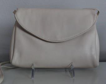 Vintage Juliette Beige Leather Envelope Handbag
