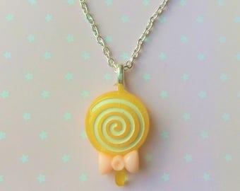 Cute Yellow White Swirly Lollipop Lolly Bow Sweet Candy Necklace - Kawaii Lolita Decora Pastel Goth Fairy Kei Harajuku JFashion Cute Fashion
