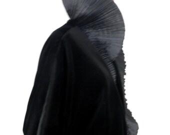 Frank Usher Black Velvet Batwing Jacket with Ruff Collar   Size M