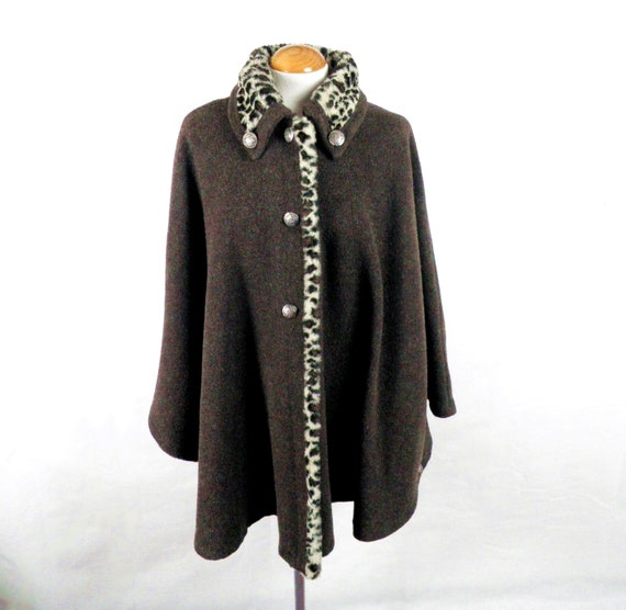 1960s Dark Brown Trachten Loden Wool Cape with Leo