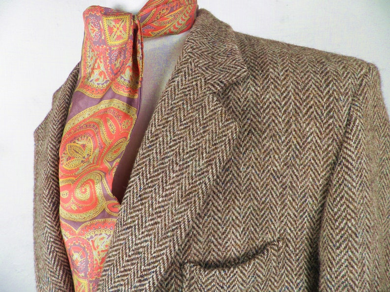 Harris Tweed Browns and Oatmeal Herringbone Wool Jacket Size L 40 42 inch Chest Made in Britain Classic