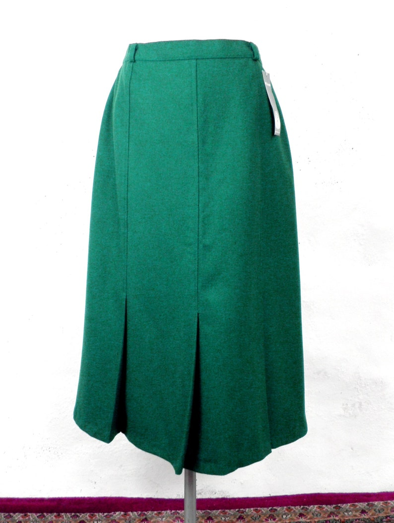 7a5bdf46409c Emerald Green Pure New Wool Straight Skirt Size 16 Made in | Etsy