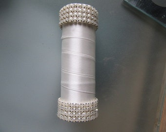 Bouquet handle holder (ivory faux pearl)