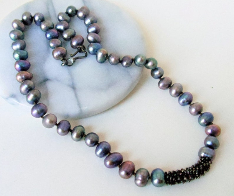 Vintage Hand Knotted Genuine Cultured Freshwater Pearls Beaded Necklace Shiny Rainbow Gray Baroque Pearls Necklace Genuine Pearls Necklace