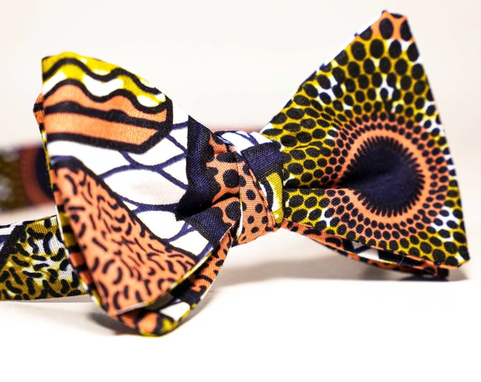 African Print Bowtie, Wedding Bowtie, Men's Tie, Groomsmen Tie, Gifts