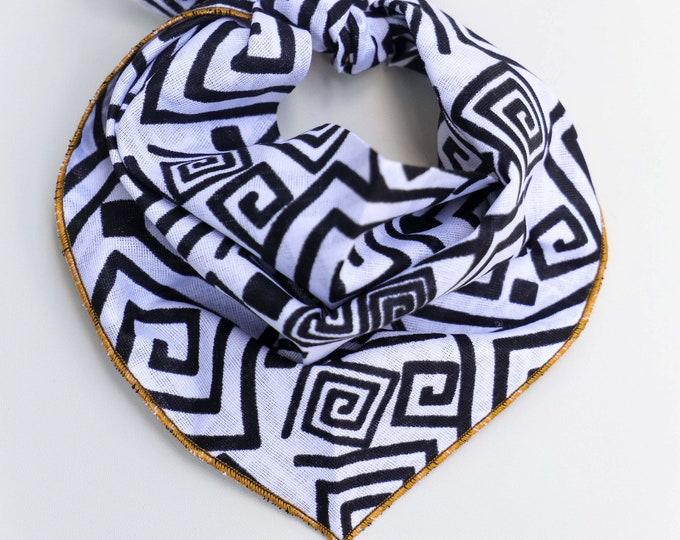 Black and White Dog Bandana, Per Neckwear, Pet Gifts, Geometric Pet Bandana, African Print Bandana