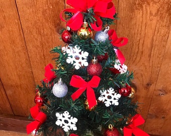 cemetery christmas tree cemetery flowers christmas tree cemetary flowers grave saddle wreath grave decoration
