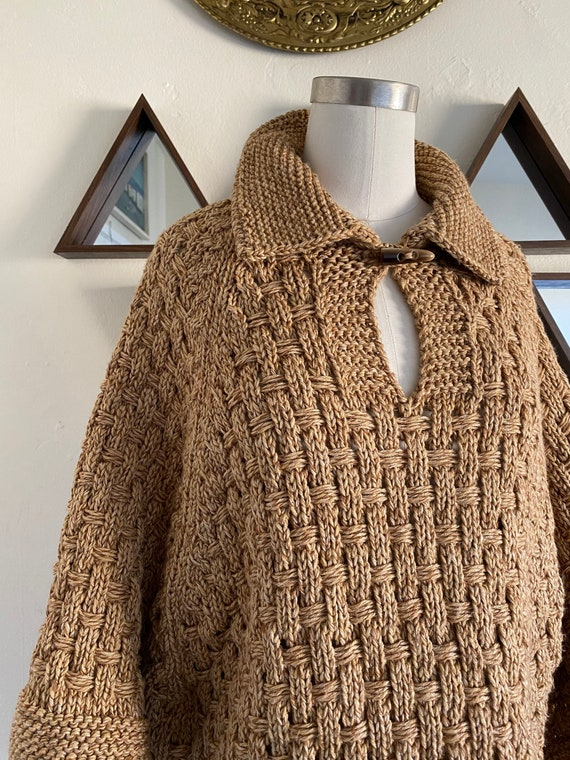 Vintage 70s Southwestern Poncho with Wingtip Colla