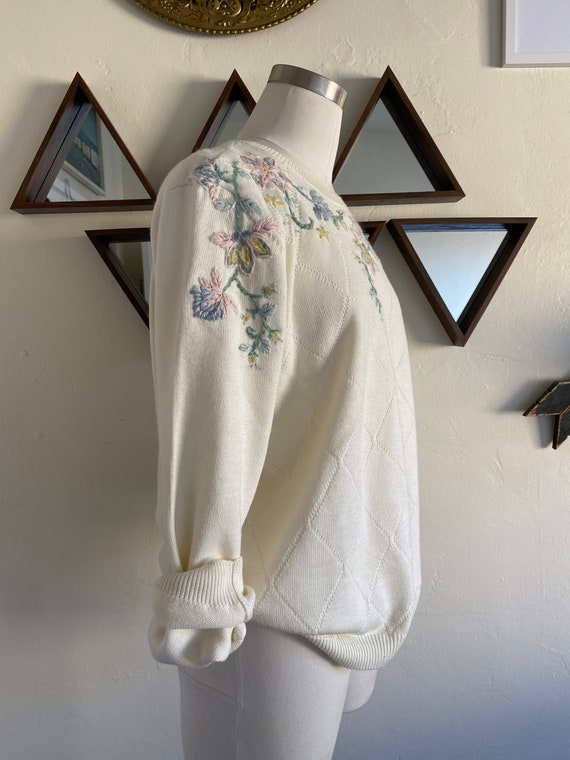 Retro 80s Embroidered Floral Pastel Spring Sweater