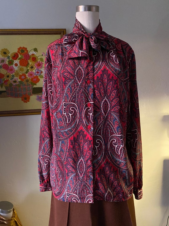 Vintage 70s Fall Tie Front Long Sleeve Paisley Blo