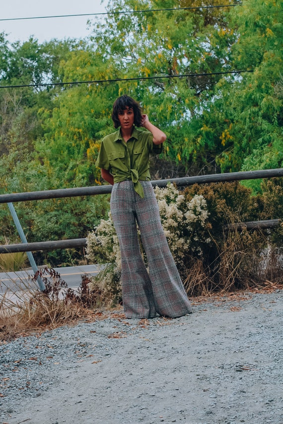 70s Vintage Bell Bottoms, 70s High Waisted Hounds… - image 4