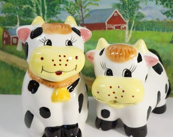 Cow Creamer/Cow Sugar Bowl/Sugar Bowl Set/Cows/Farm Cows/Farm Decor/Farm Kitchen/Cow Decor/Vintage Cows/Kitchen Cows/Harvest Table/Cow Set