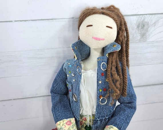 Country girl fabric doll. Doll with yarn hair. Christmas gift.