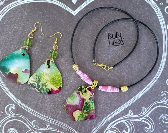 Bohemian Necklace and Earrings set.  Medallion pendant necklace. Paper beads and alcohol ink jewelry.