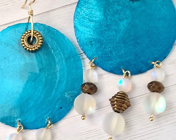 Capiz shell earrings | sea shell earrings | Beaded Earrings | Boho Hippie Earrings | Round earrings | Ethnic Earrings | Statement earrings