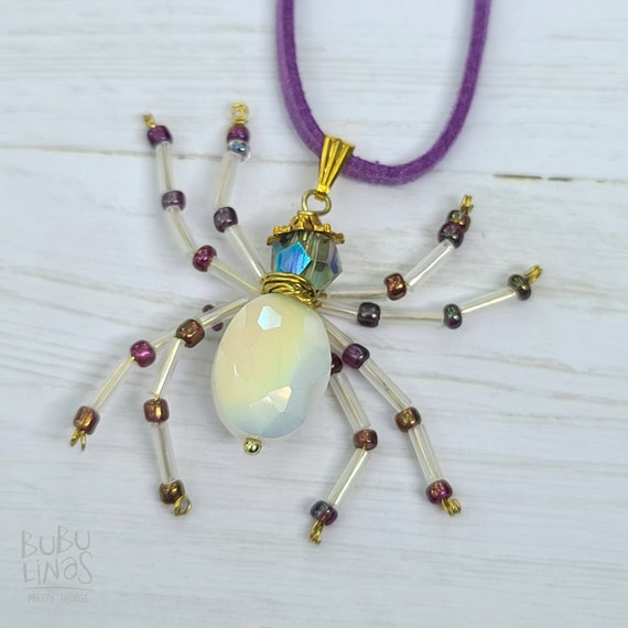 Beaded Spider Necklace | Spider jewelry | White Spider Necklace | Insect Jewelry | White Necklace | Insect beaded necklace