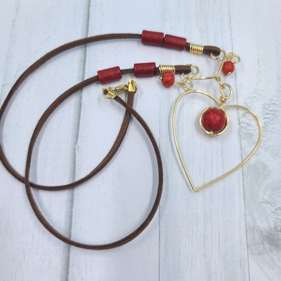 Red wire heart necklace | Love necklace | Gift for Her. | Golden Wire necklace | Heart pendant | Wire wrapped necklace