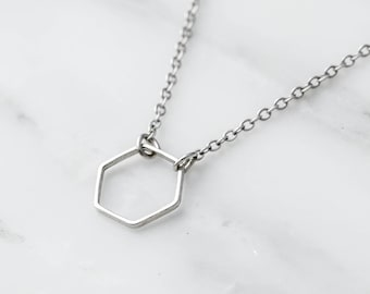 Silver Hexagon Choker / Silver Hexagon Necklace / Silver Layering Necklace / Bridesmaid Necklace / Gift For Her / Silver Geometric Necklace