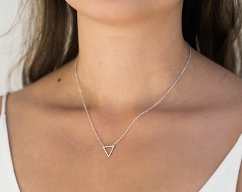 Silver Triangle Necklace / Floating Triangle Necklace / Geometric Necklace / Silver Layering Necklace / Birthday, Bridesmaid Gift Idea