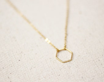 Hexagon Necklace / Dainty Gold Hexagon Necklace / Geometric Necklace / Layered Necklace / Bridesmaid/Birthday Idea