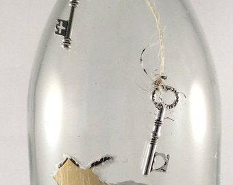 Wine Bottle Vase, Clear Glass, Twine with Skeleton Keys