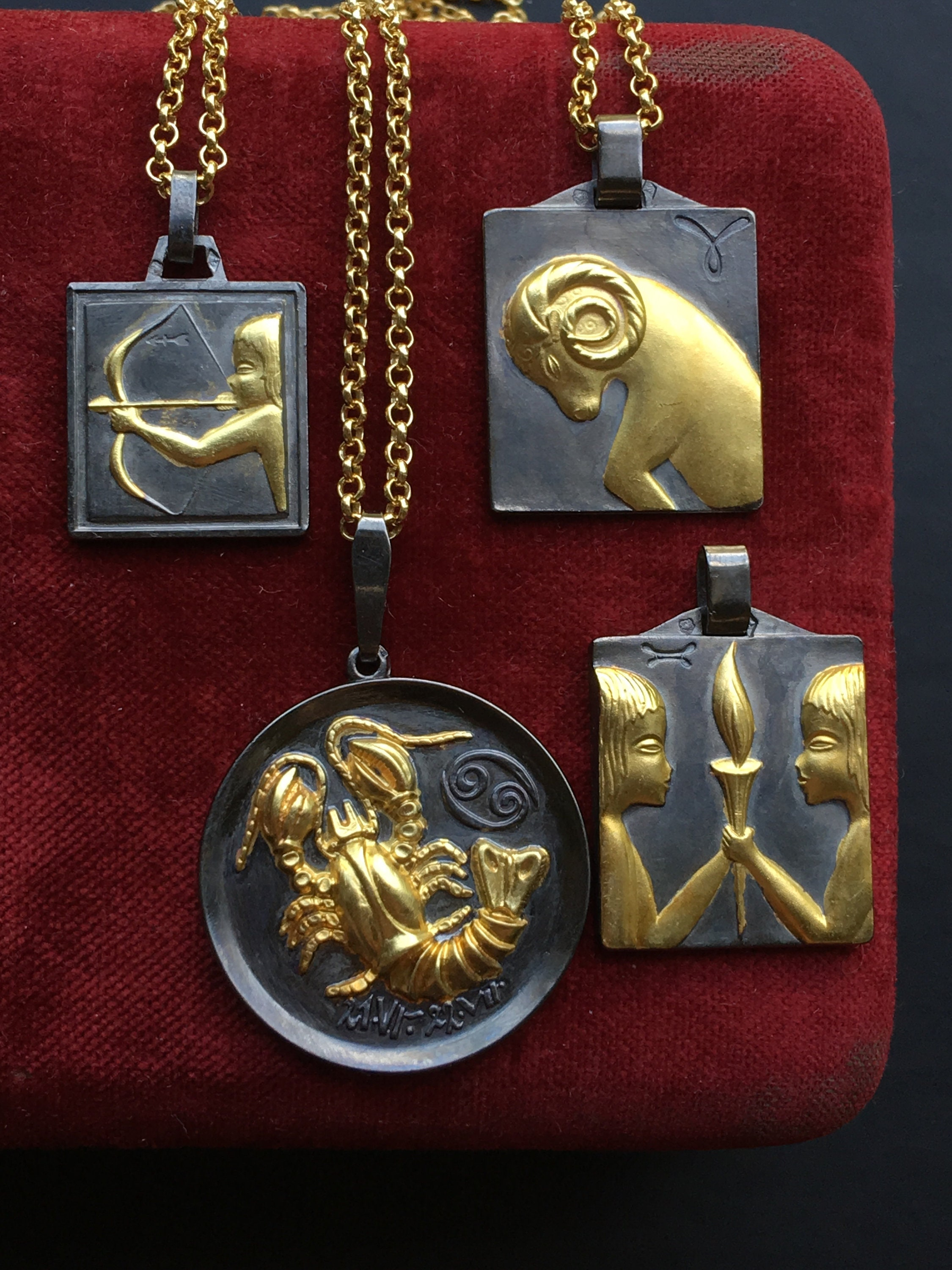 89291590d Zodiac Necklace, Silver with 18K Gold plating