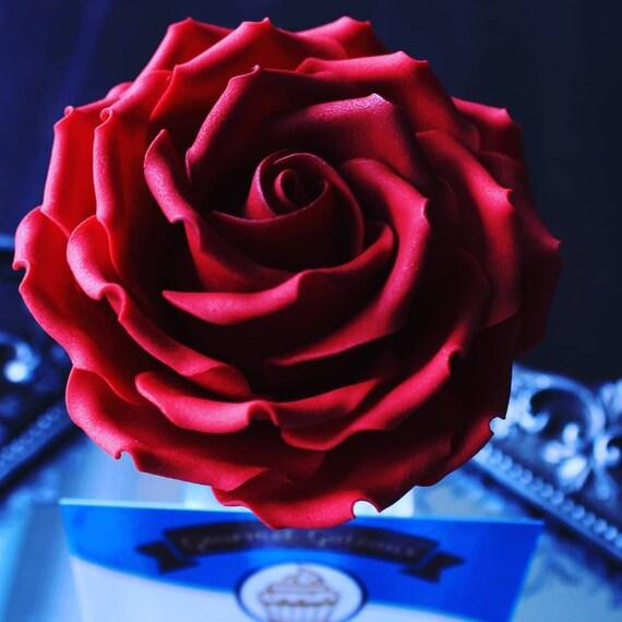 handmade two coloured edible single sugar rose flower cake