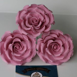 Cake Toppers MEDIUM Handmade Edible RosesFlowers Bouquet of 3