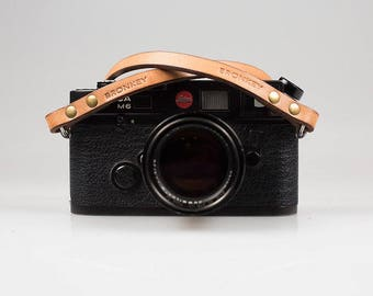 Bronkey - Berlin #1 - Tanned color - Leather Camera Strap for mirrorless, Nikon, Leica, Fuji X serie, 35mm, Olympus, DSLR, vintage & more.