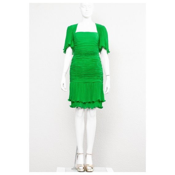 Stunning vintage 1980s Kelly green fortuny pleated