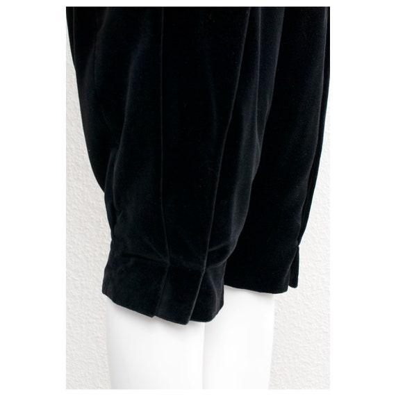 Rare vintage 1970s black velvet oversized cape FO… - image 9
