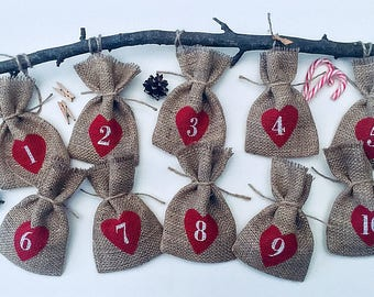 """Rustic Christmas Hessian Burlap Jute Advent Calendar Pouches Sacks Bags    Hearts and Numbers W9 x H15cm (3.5"""" x 6""""), 25 BAGS"""