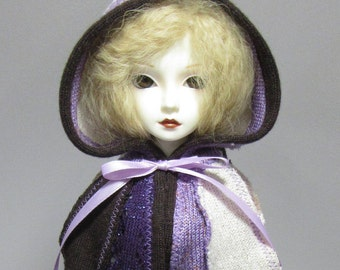 1/4 MSD capelet in purple, cream and brown