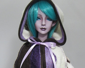 1/3 SD capelet in purple, cream and brown