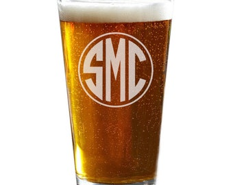 Etched Glasses, Groomsmen Gift, Engraved Pint Glasses, Custom Beer Glass, Pint Glasses, Beer Glasses
