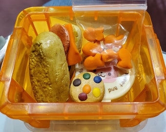 """American Girl 18/"""" Doll Kirsten Pioneer School Lunch Version 1 ONLY PC LUNCHBOX"""