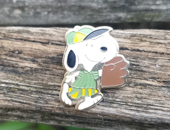 Vintage Snoopy Baseball Pin. Gift For Birthday, Da