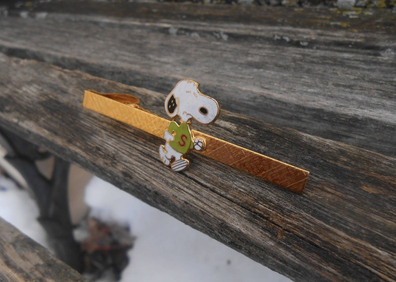 Vintage Snoopy Tie Clip Birthday RARE Gift For Dad Anniversary Groom Father/'s Day Groomsmen Christmas. Wedding