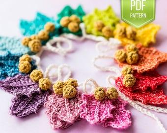 CROCHET PATTERN - Rainbow holly Garland - instant download - Christmas garland - holly ornaments - Christmas crochet - Xmas