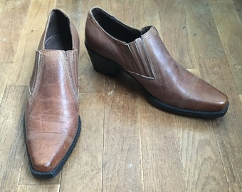 260684eea127c vintage 90s guess brown leather ankle booties made in spain womens shoe size  7 1/2