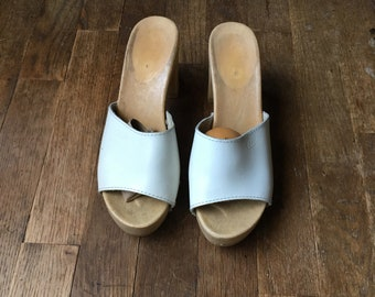 3119562f7c2f7a vintage 80s candies white leather demi block heel slide sandals made in  italy womens shoe size 8   39