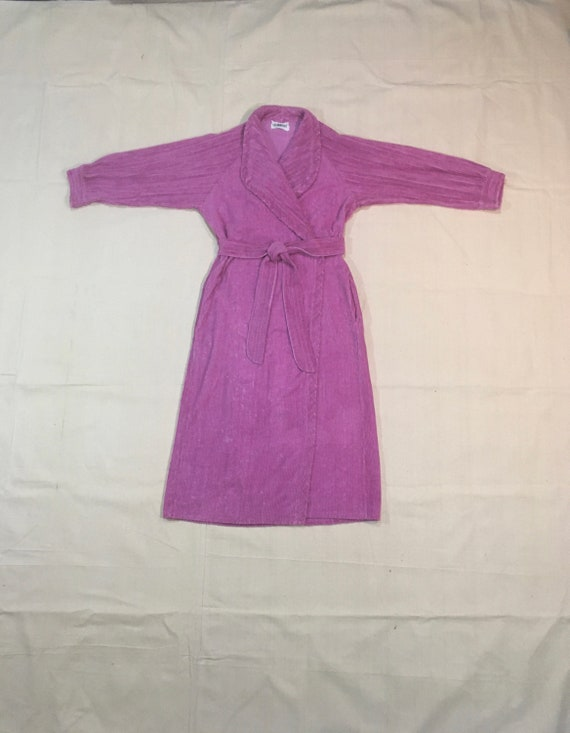 vintage 70s crown tuft pink chenille bath robe mad