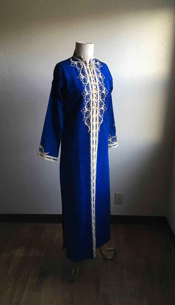 vintage 70s handmade embroidered moroccan blue kaf