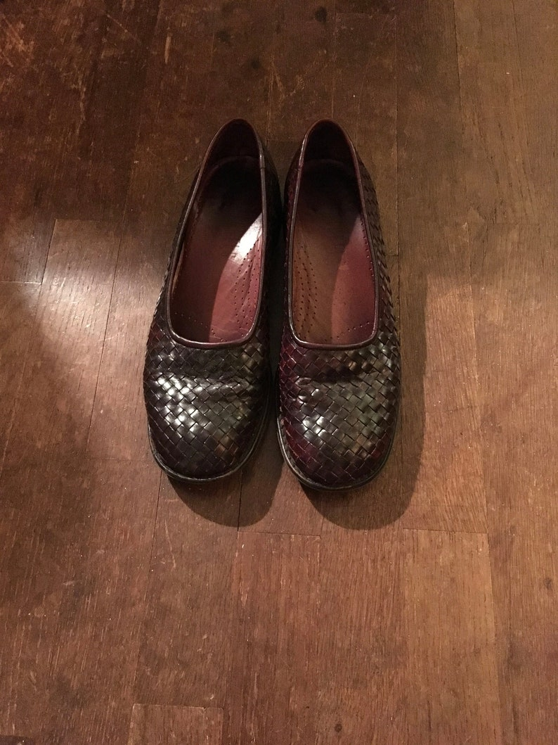 fc6aa320abb0d vintage 90s nickels soft brown woven leather womens loafers size 8 1/2 N