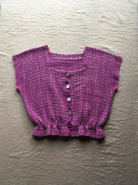 vintage hand knit pink woven button up square. nec